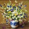 Полевые цветы в гжельской вазе